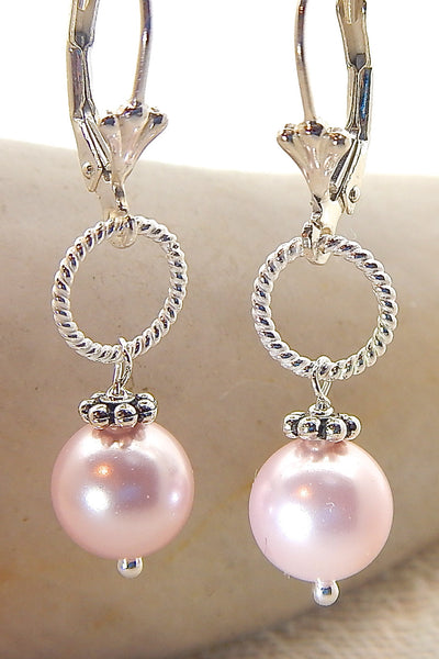 Rose Necklace - Classic Pearls
