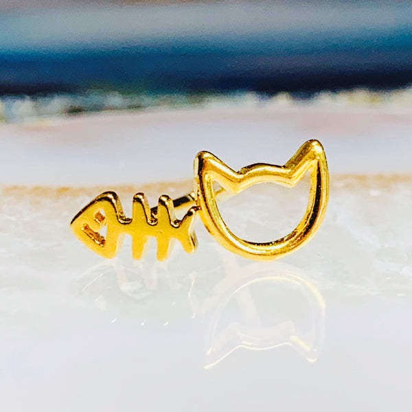 Cat and Fish Stud