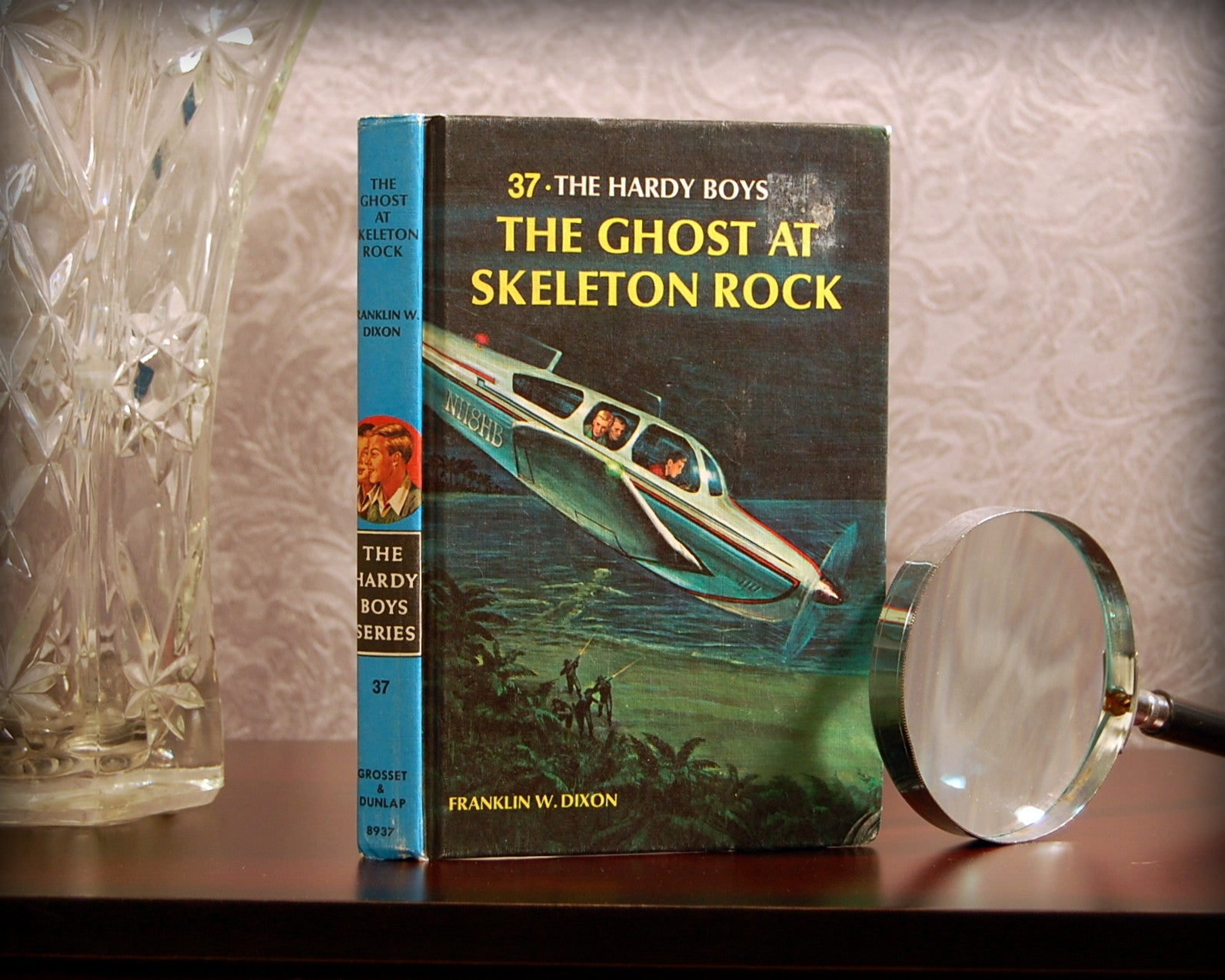 The Hardy Boys: The Ghost at Skeleton Rock (1966) - Secret Safe Books  - 1