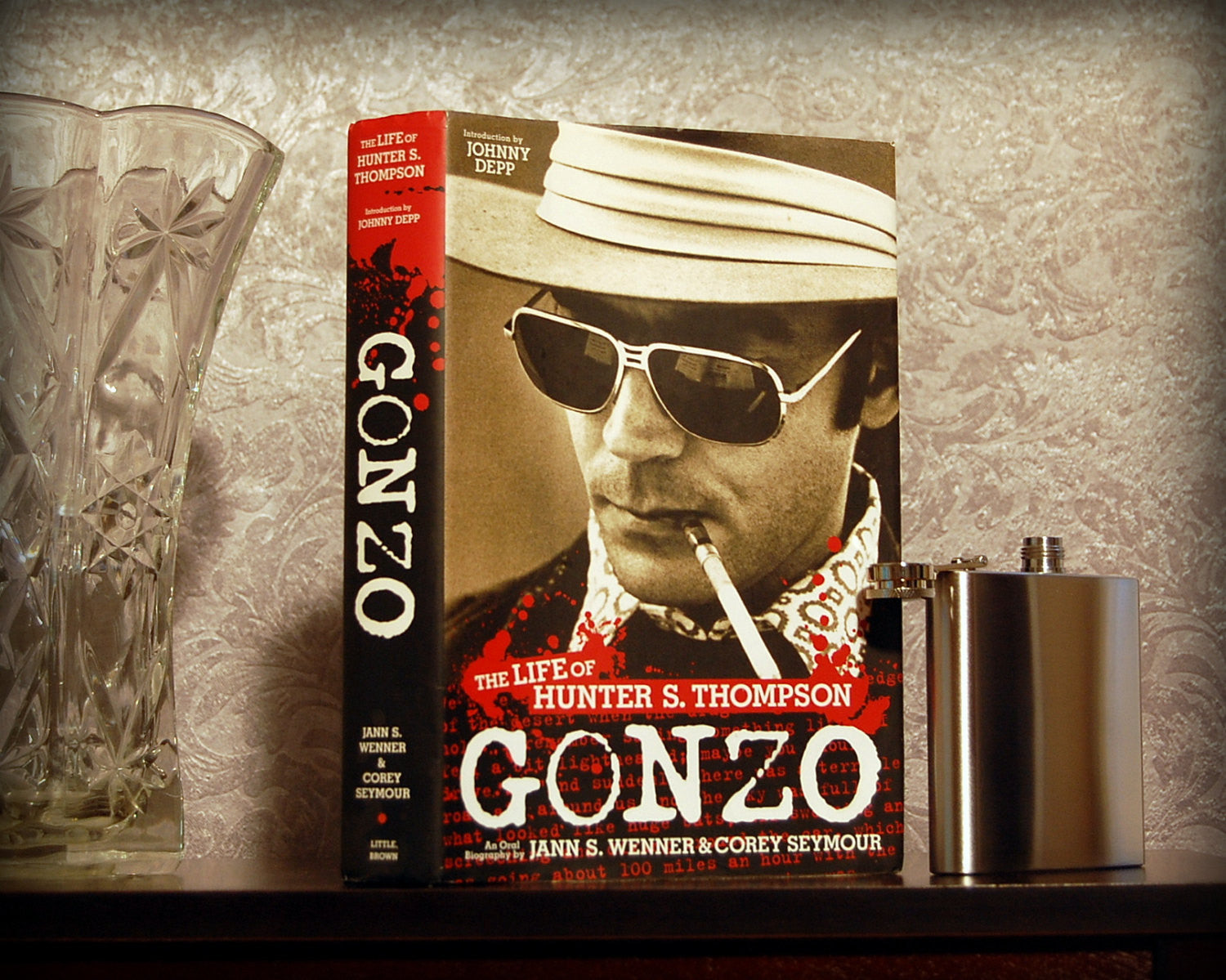 Gonzo: The Life of Hunter S. Thompson / Wenner & Seymour - Secret Safe Books  - 1