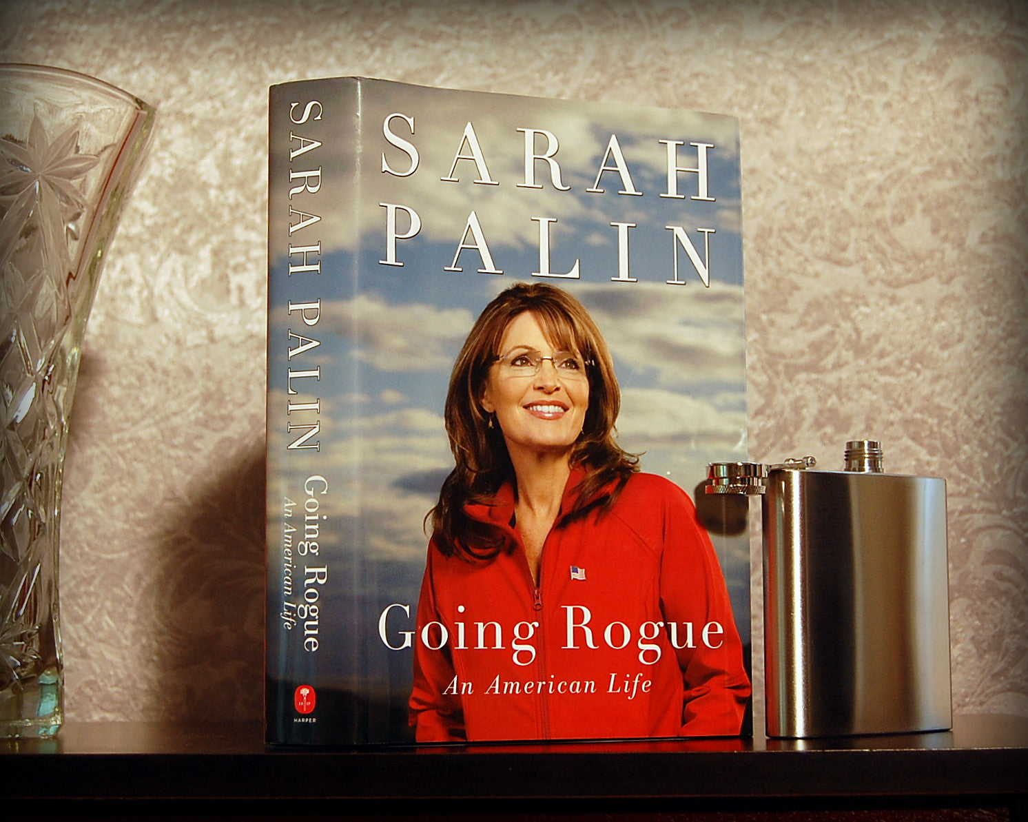Going Rogue / Sarah Palin - Secret Safe Books  - 1