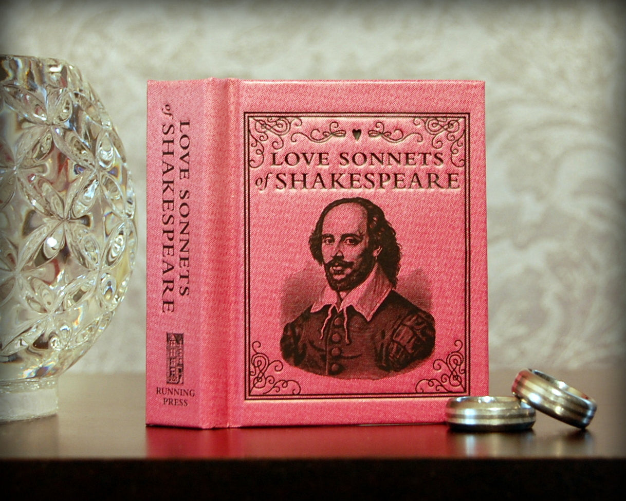 Mini Love Sonnets of Shakespeare - Secret Safe Books  - 2