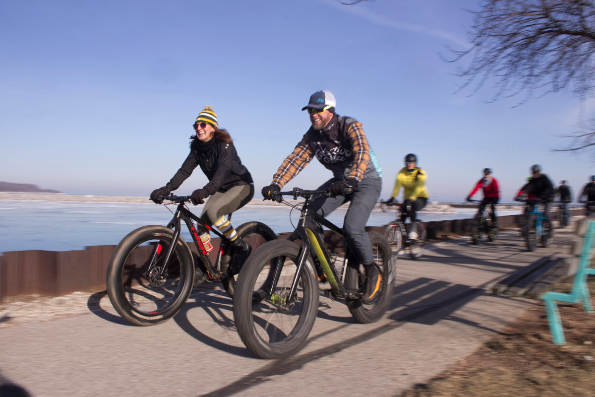 All smiles on Fyxation's fat bike group ride