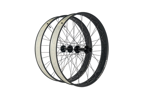 "Fyxation Blackhawk Hubs x  Mulefut V2 27.5"" Fat Bike Wheelset"