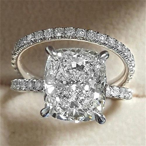 Delicate White Diamond Women's Ring Set