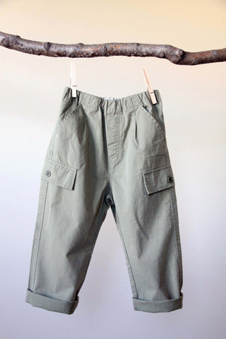 Lightweight chino cargo pants