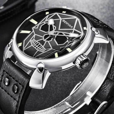 "Luxury Quartz ""Colored Skull"" Mens Watch"
