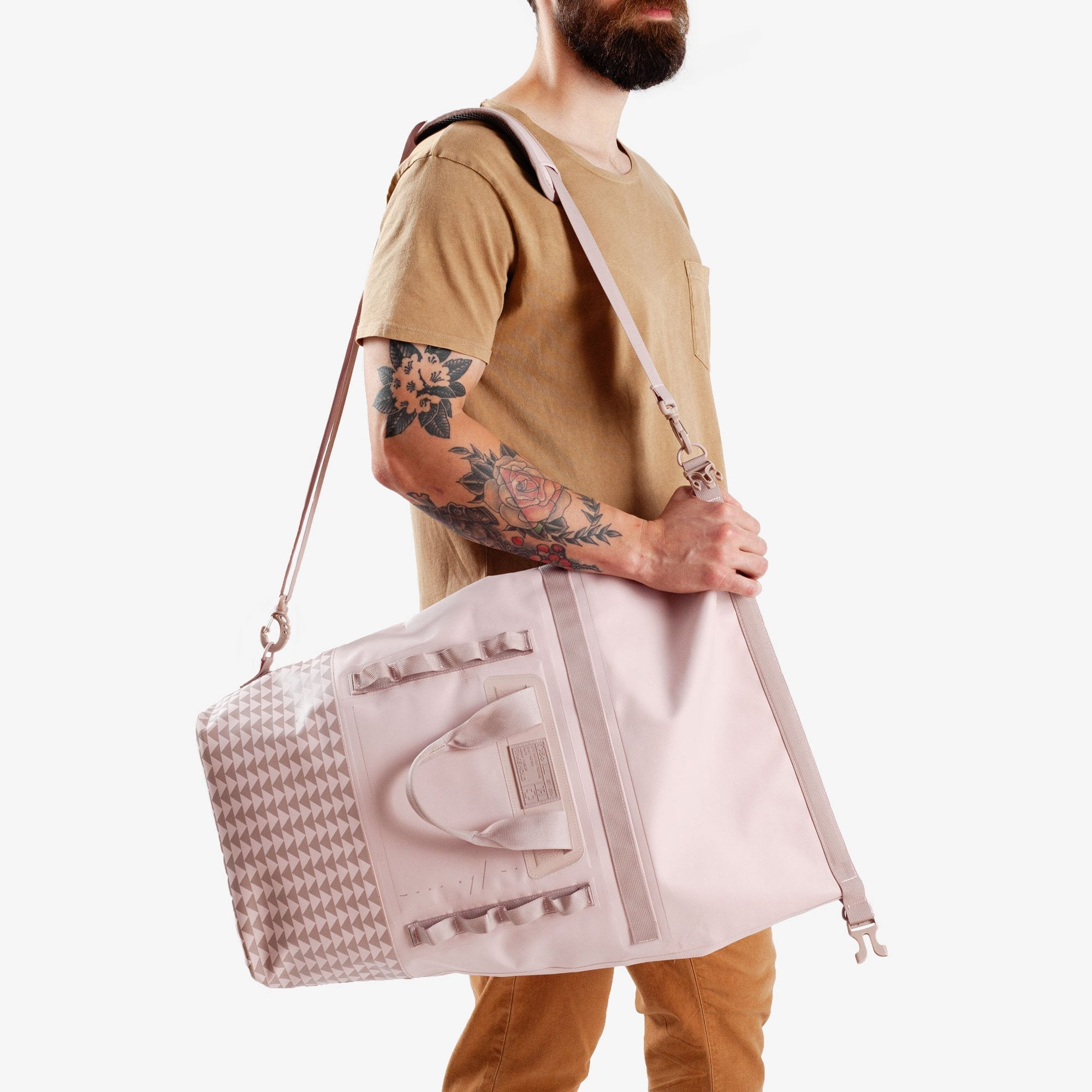 So iLL On the Roam, Dirt Bag 25L – Pink Bags