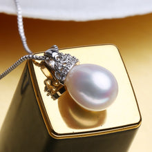 Load image into Gallery viewer, 925 Crowned Pearl Necklace