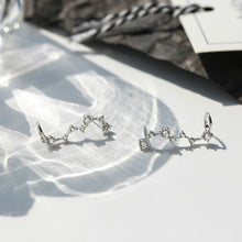 Load image into Gallery viewer, Sterling Silver Unique Dipper Earring