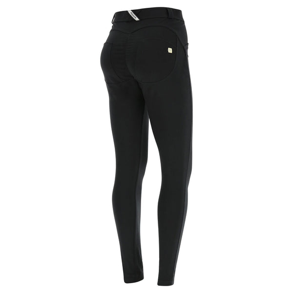 WR.UP® Curvy Black (N)