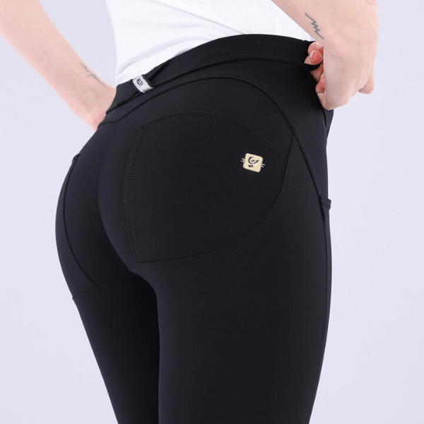 WR.UP® Low Waist Emana Black (N)