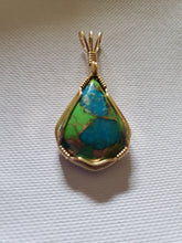 Load image into Gallery viewer, Custom wire wrapped Mojave Green Turquoise & Copper  Necklace/Pendant 14kgf