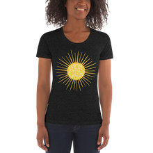 Load image into Gallery viewer, Sunshine Slim Cut Crew Neck T-shirt