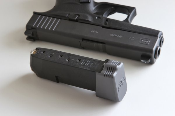 EDC Glock 43 +2 Magazine Grip Extension