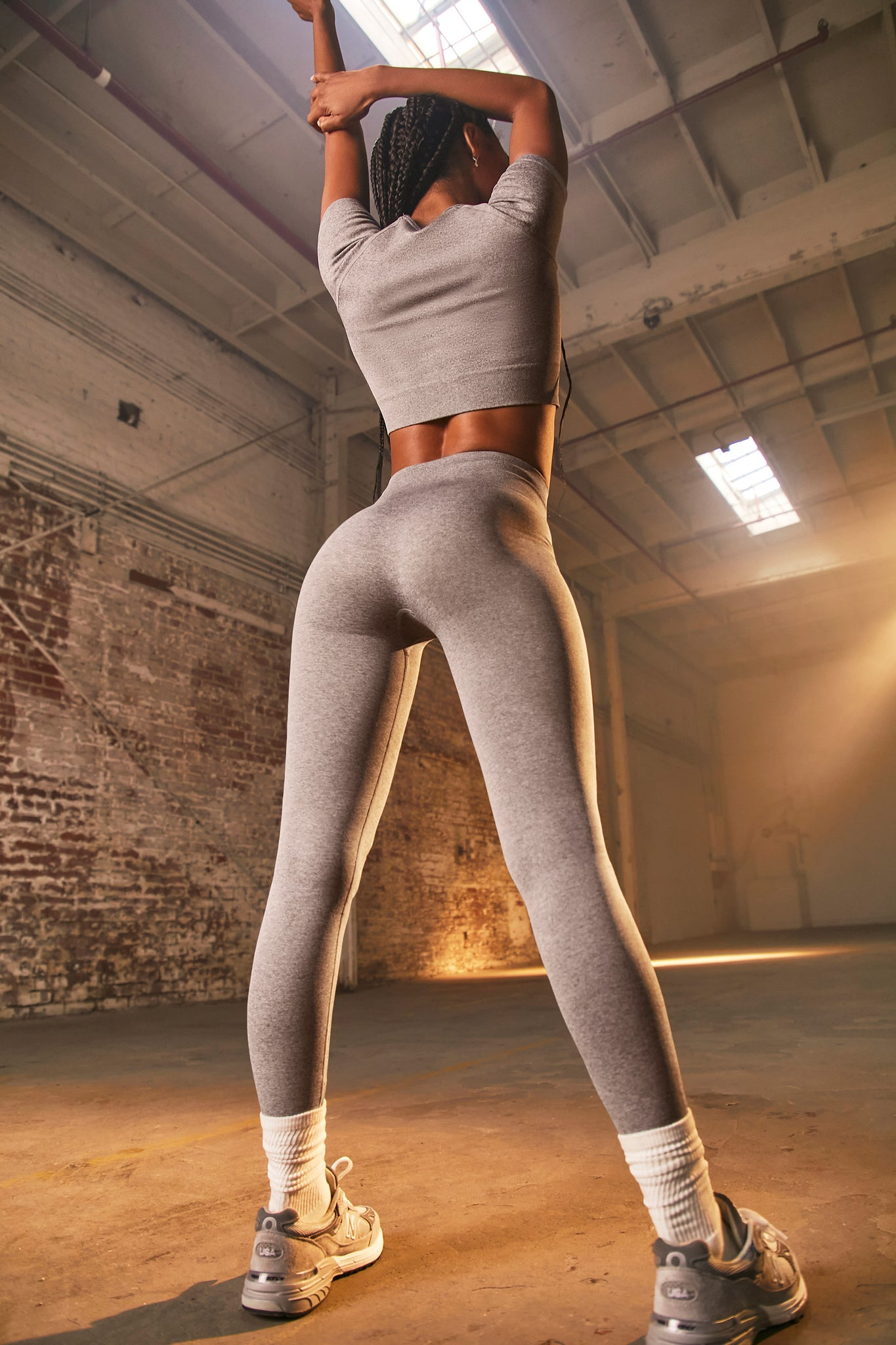 Unstoppable - Leggings in Dark Grey