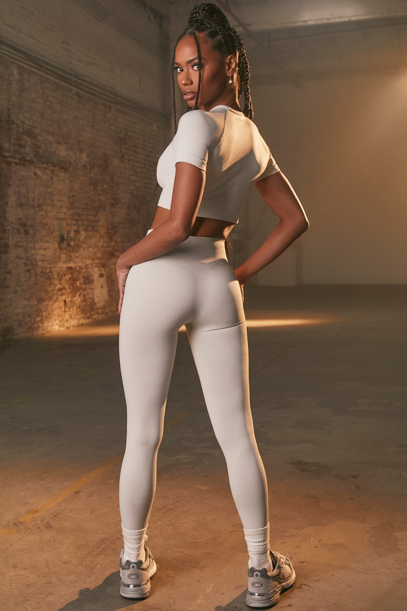 Unstoppable - Leggings in Pale Grey
