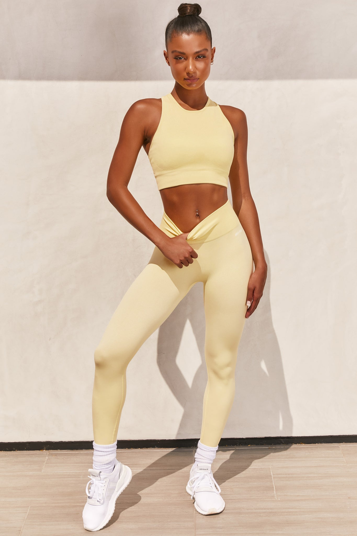 Plain lemon seamless high waisted full length gym leggings. Image 1 of 6.