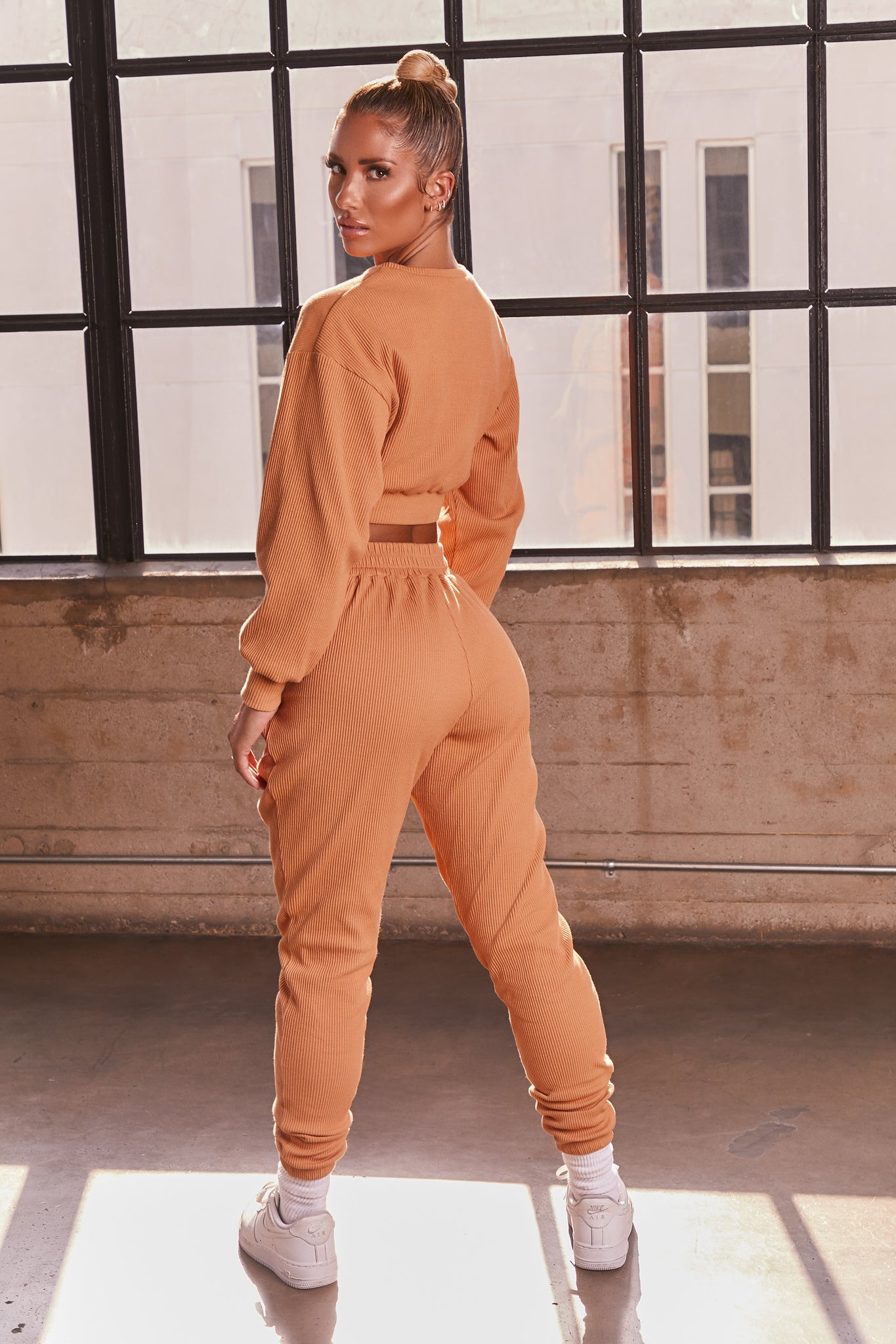 Caramel ribbed full length cuffed joggers. Image 3 of 6.
