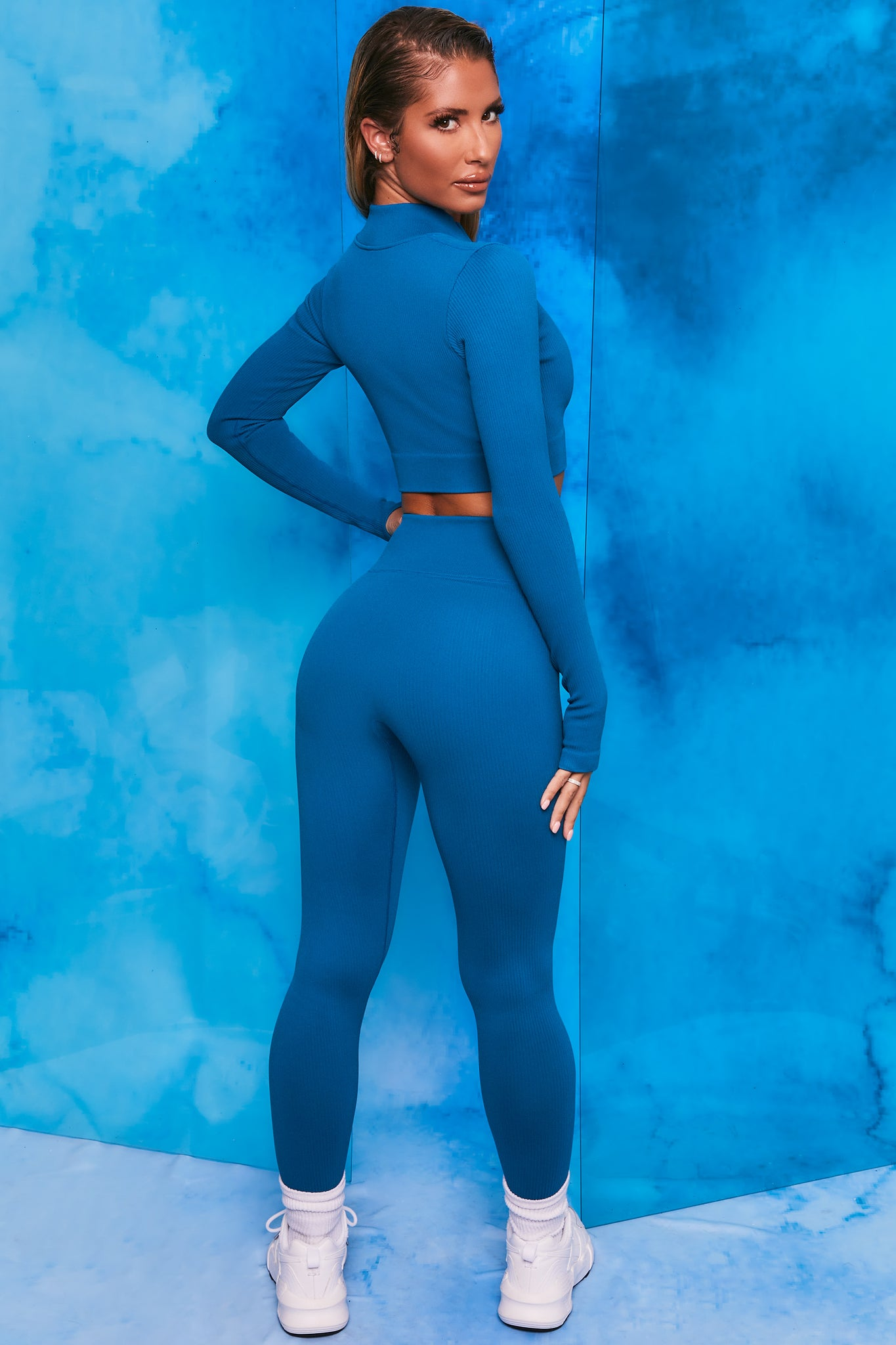 Blue ribbed high waisted full length leggings. Image 3 of 6.
