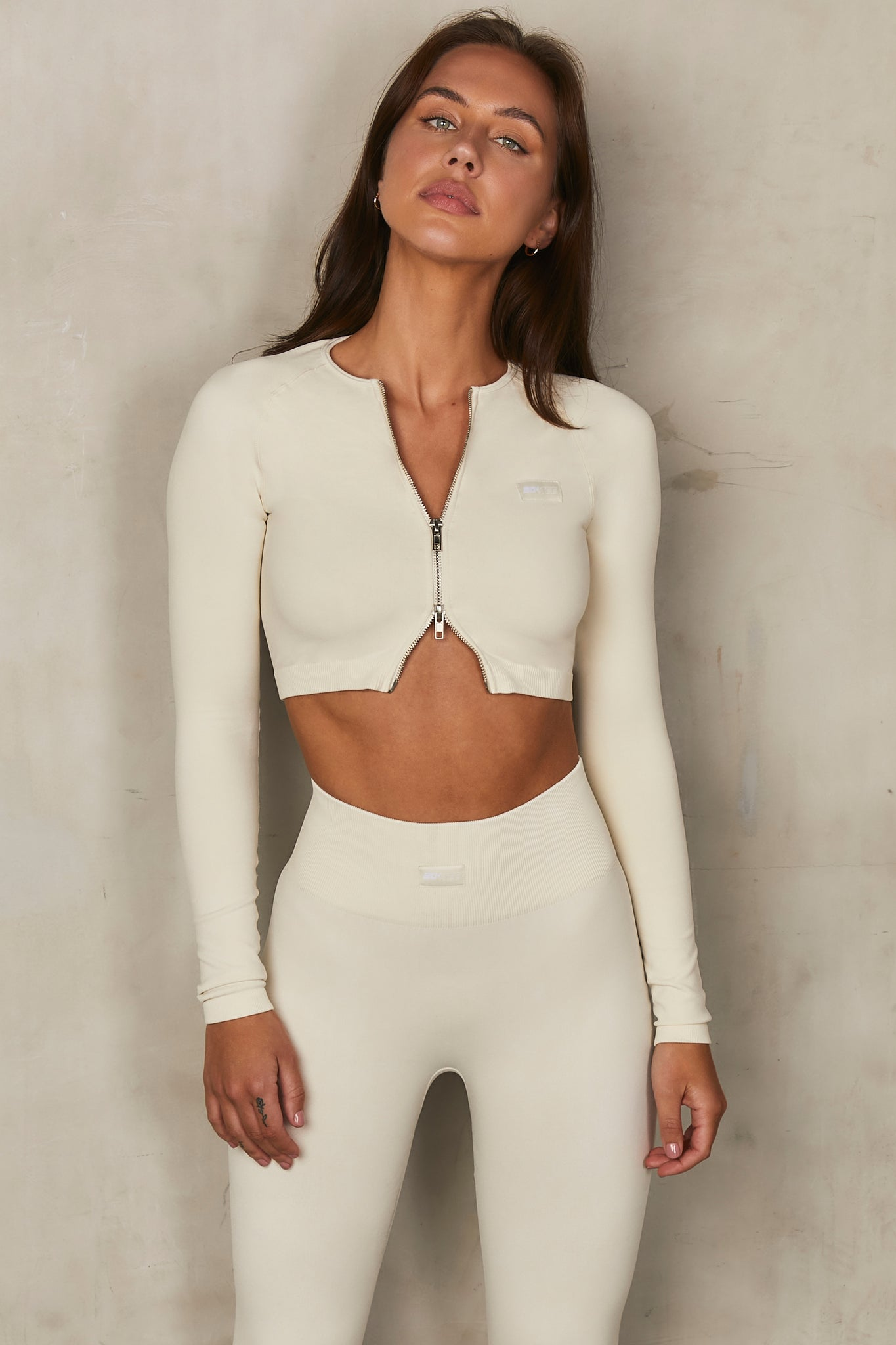 Adjust - Crop Top in  Cream