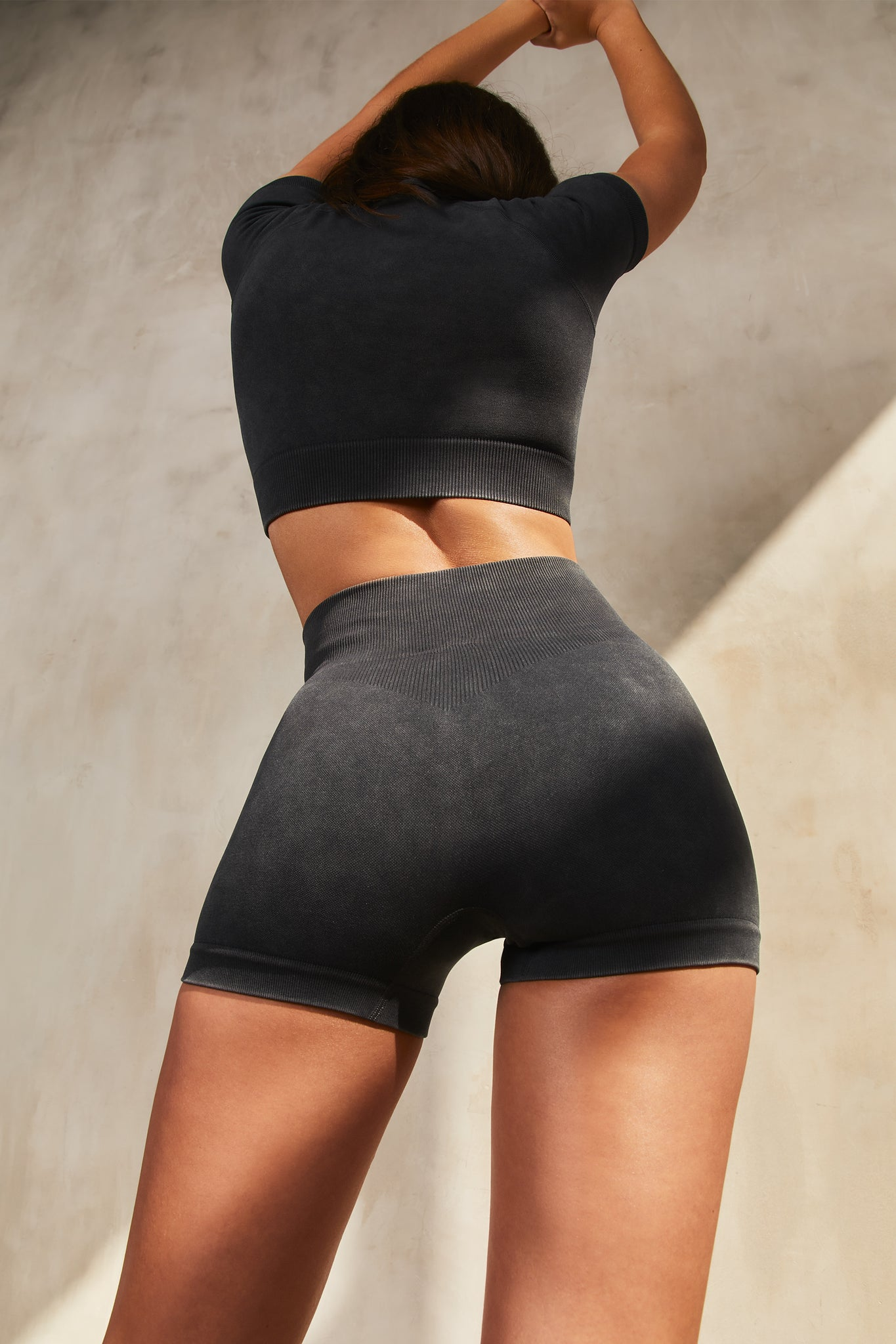 Switch - Shorts in Black