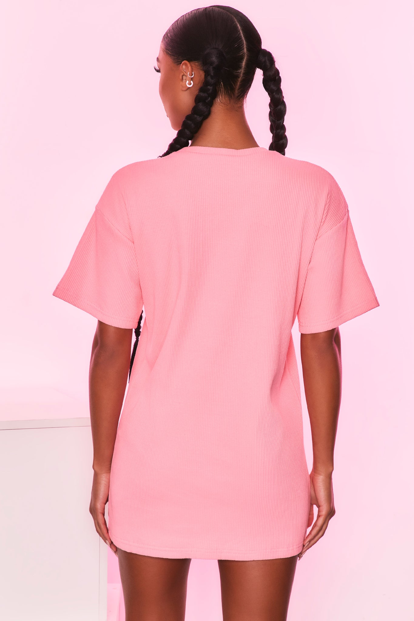 Round neck short sleeve oversized ribbed t-shirt in coral. Image 3 of 6.