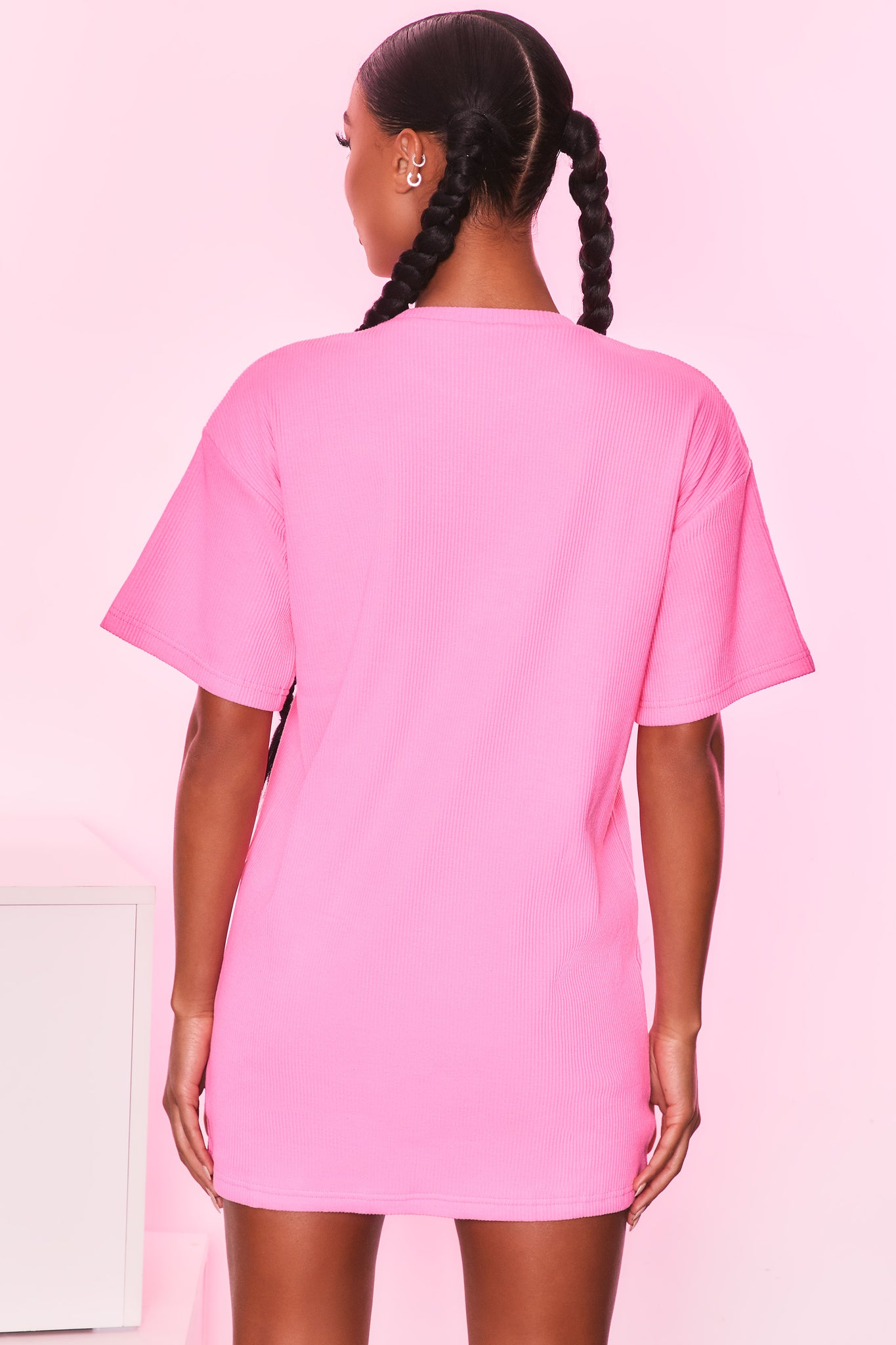 Round neck short sleeve oversized ribbed t-shirt in candy pink. Image 3 of 6.