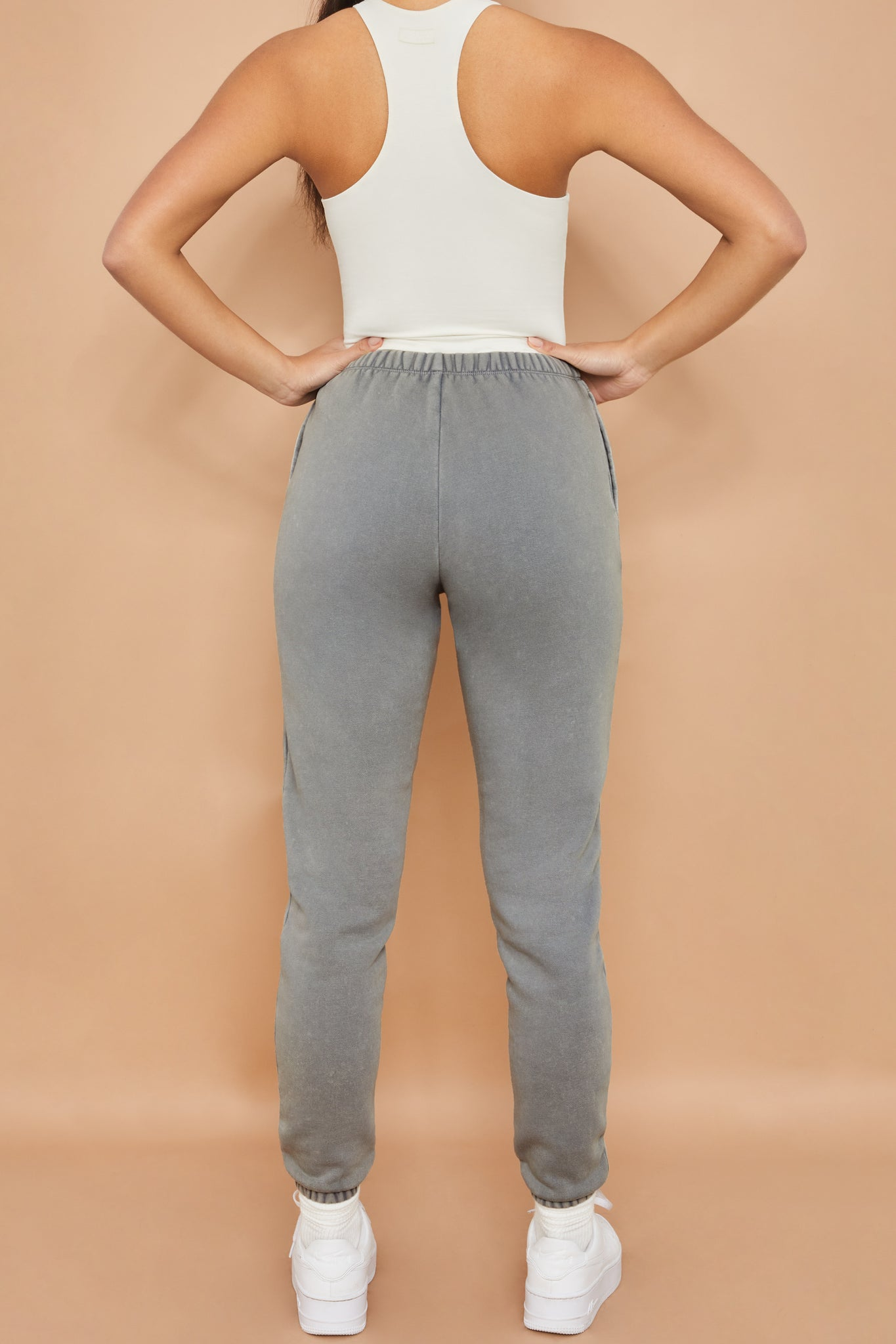 Home Run - Joggers in Grey