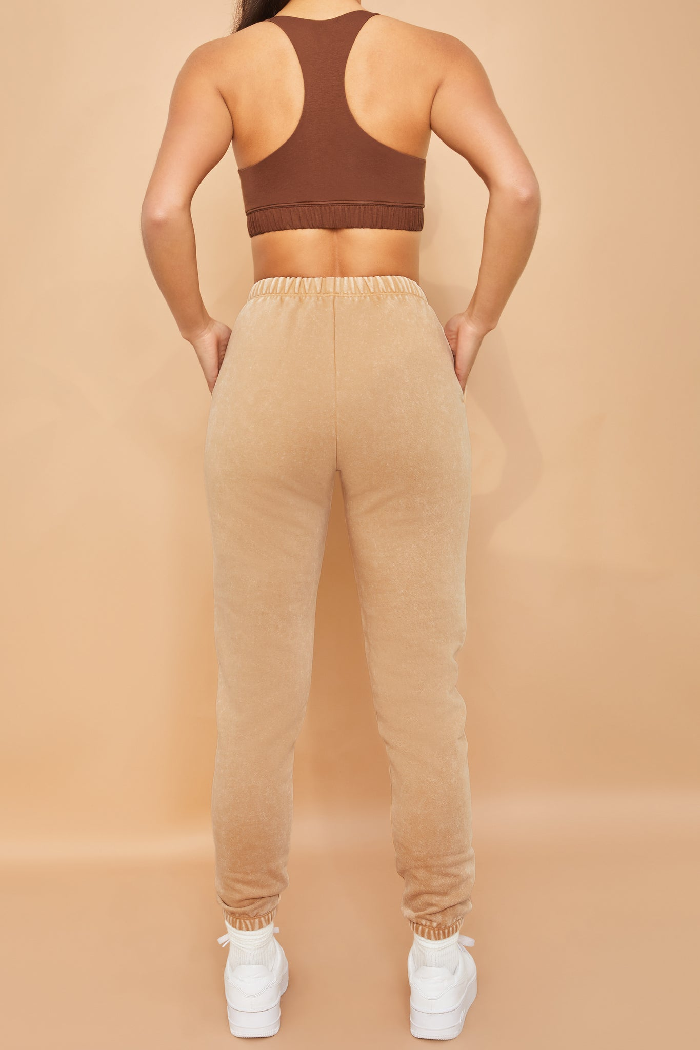 Home Run Petite - Joggers in Beige