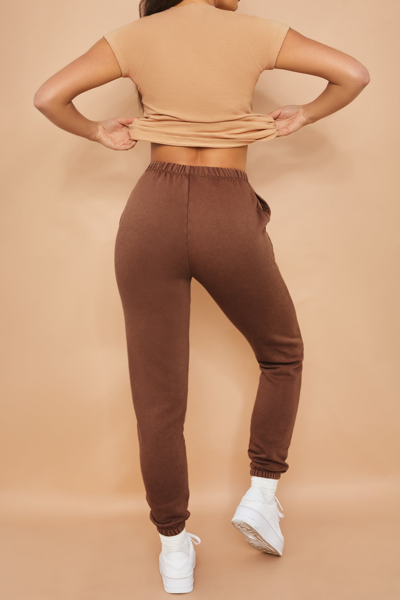 Home Run Petite - Joggers in Brown