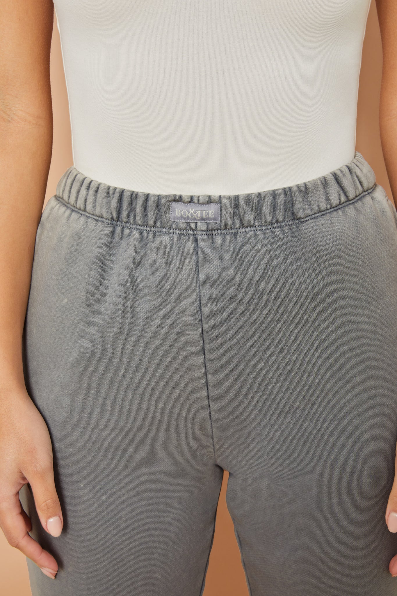 Home Run Petite - Joggers in Grey