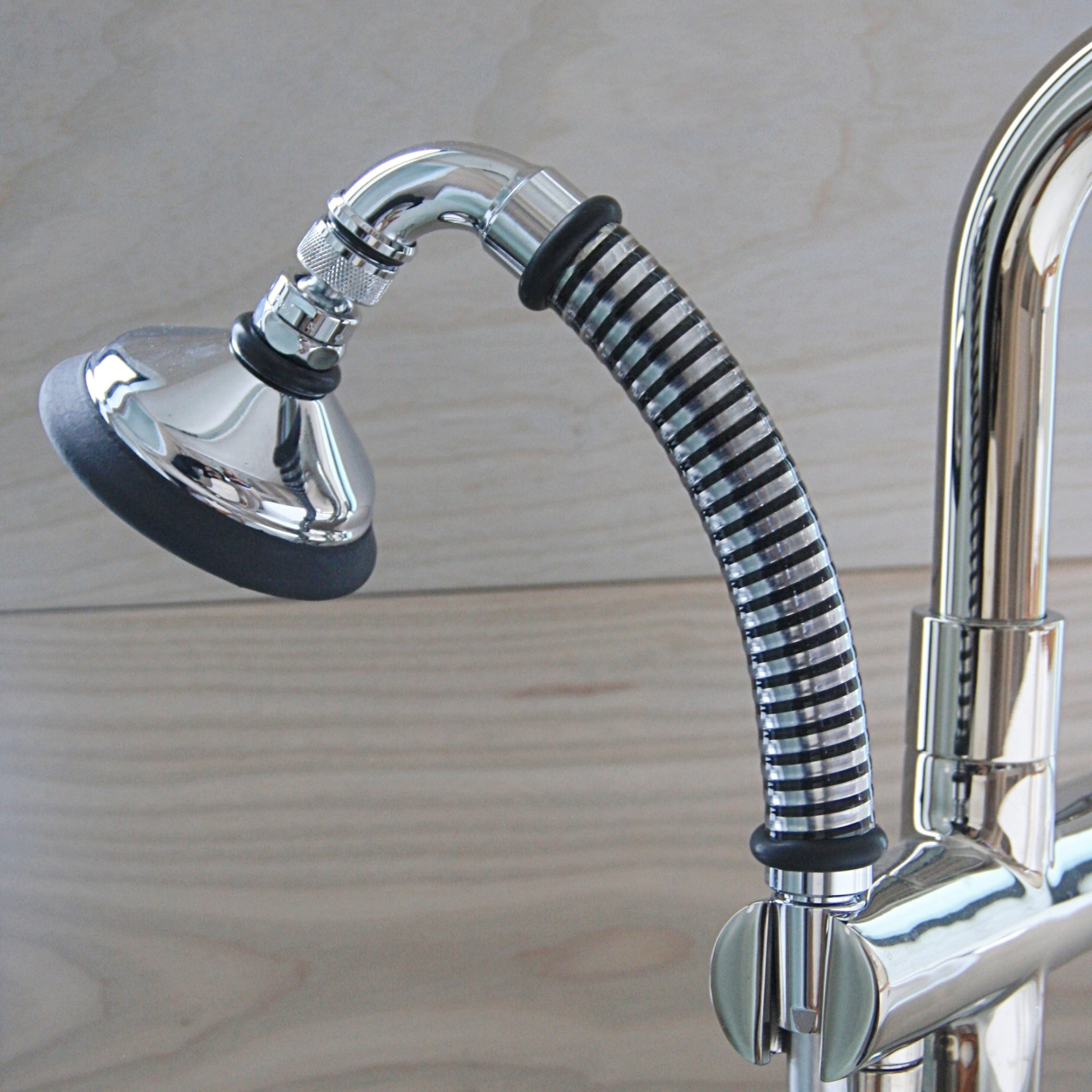 BUBBLE-RAIN® XL Shower Head & Handle