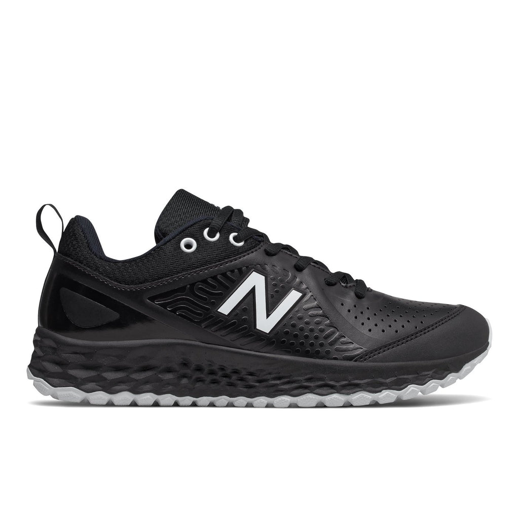 New Balance Fresh Foam Velo V2 Womens Turf Shoes STVELOV2