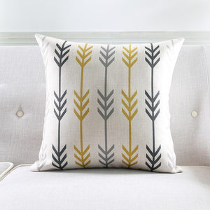 JAZZY ARROW CUSHION