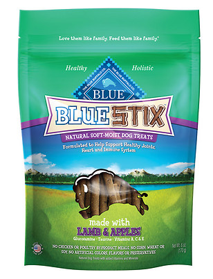 BLUE BUFFALO Stix Lamb and Apple Dog Treats 6 oz