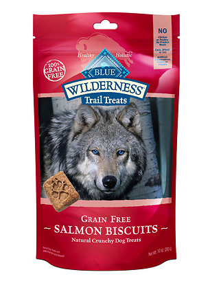 BLUE BUFFALO Wilderness Salmon and Chicken Grain-Free Dog Biscuits 10 oz