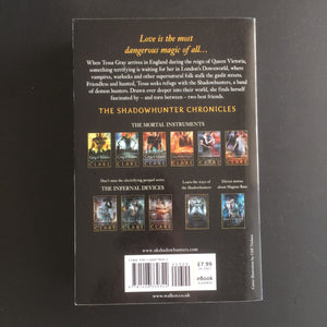 Cassandra Clare - The Infernal Devices Series (3 books)