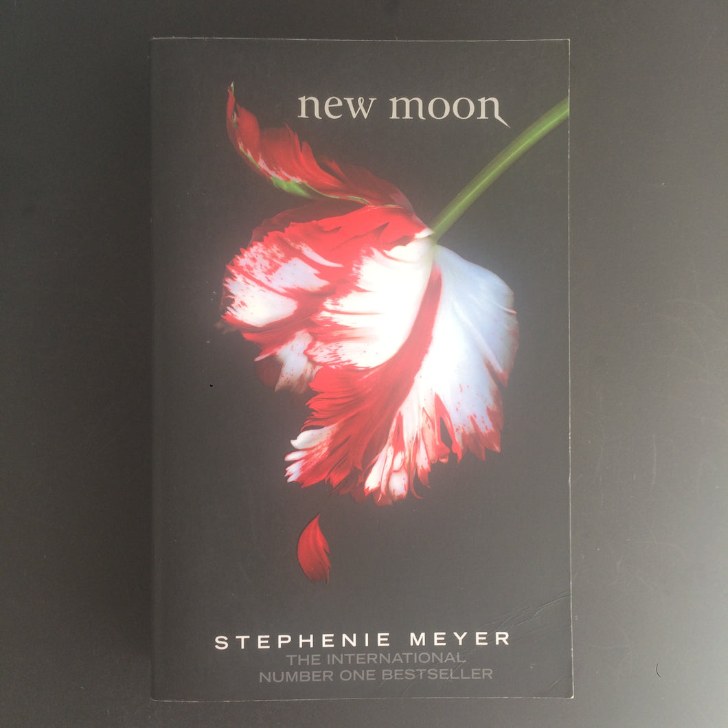 Stephenie Meyer - New Moon