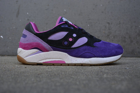 "Saucony G9 Shadow x Feature ""Barney"""