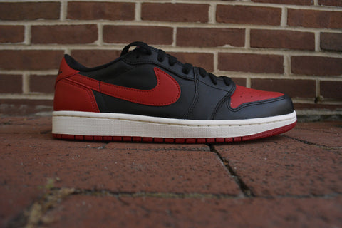 Air Jordan 1 Retro Low OG black/red