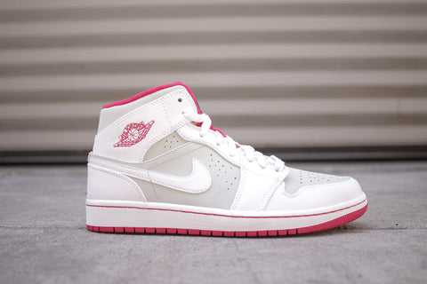 "Air Jordan 1 Mid WB GS ""Hare"""