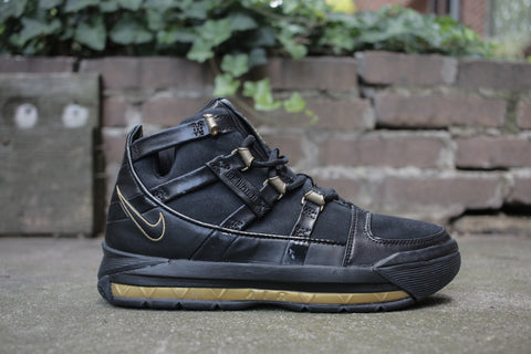 Nike Lebron 3 GS black/gold