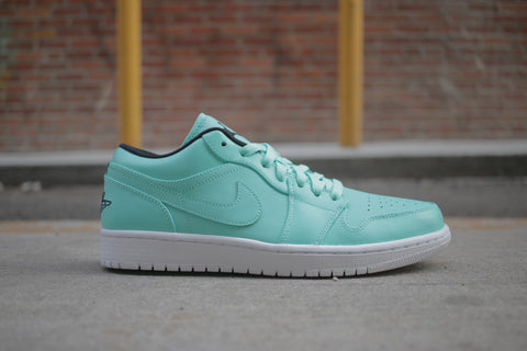 "Air Jordan 1 Retro Low ""Hyper Turq"""