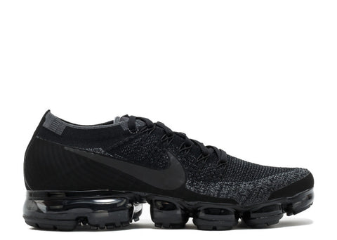 "Nike Air Vapormax Flyknit ""Triple Black"""
