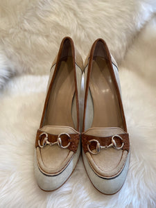 Gucci Suede Horsebit Nude Sured and Leather Heels