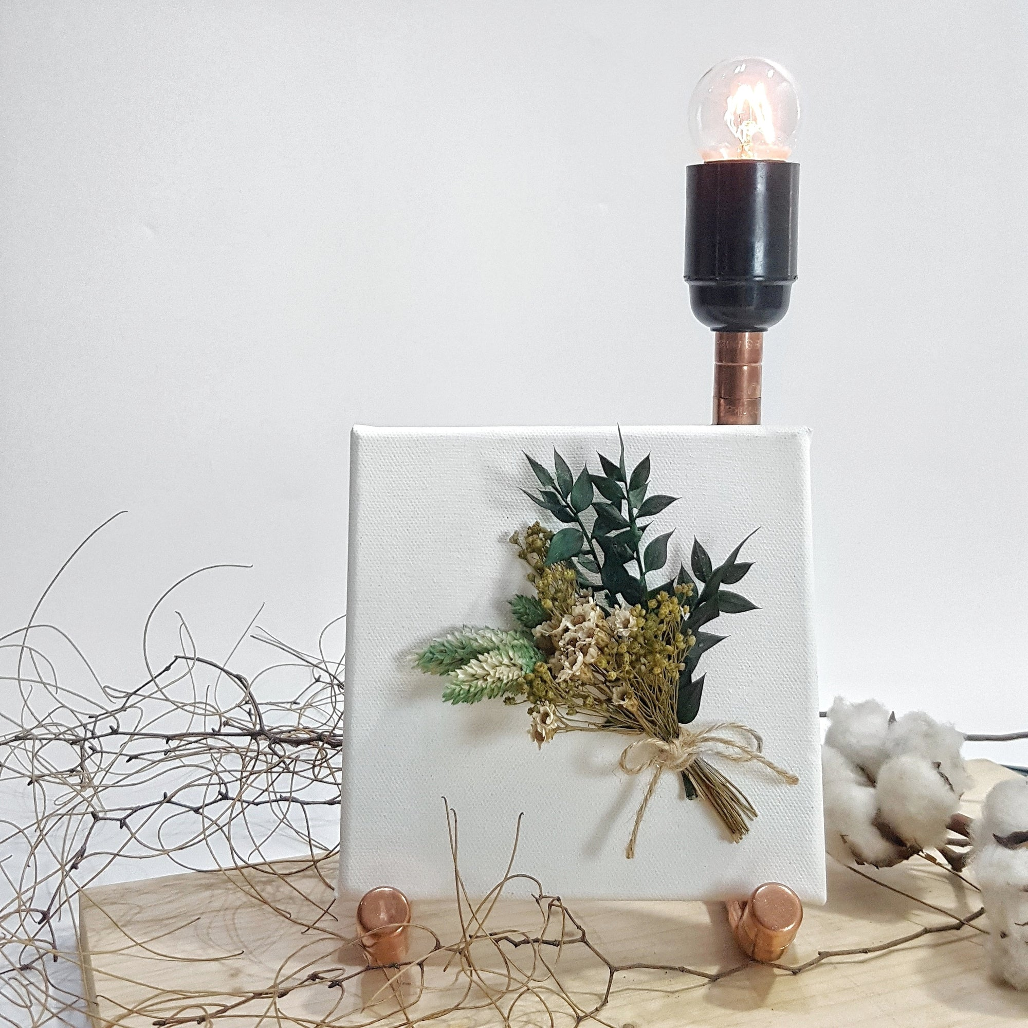 Mother's Day Gift Handmade dried flowers canvas copper lamp Singapore