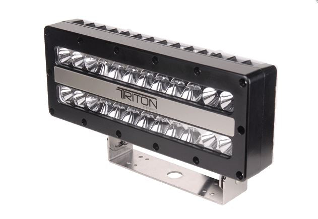 LUMITEC TRITON HIGH POWERED FLOOD LIGHT