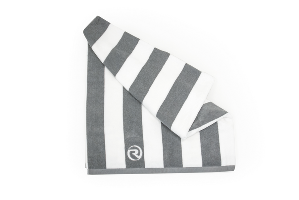 Riviera Beach Towel - Grey/ White