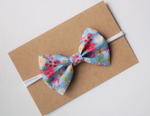 Hawaiian Bow on Nylon Headband